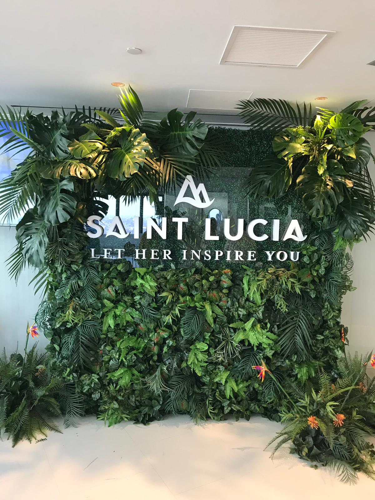 Saint Lucia Sign & Nature Prop
